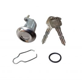 MAZDA RX2 & R100 BOOT TRUNK LOCK AND KEYS