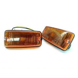 SUZUKI SJ413 SIERRA FRONT GUARD FENDER SIDE INDICATOR LIGHTS PAIR