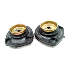 ENGINE MOUNT RUBBERS LEFT & RIGHT PAIR FOR TOYOTA COROLLA AE100 AE101